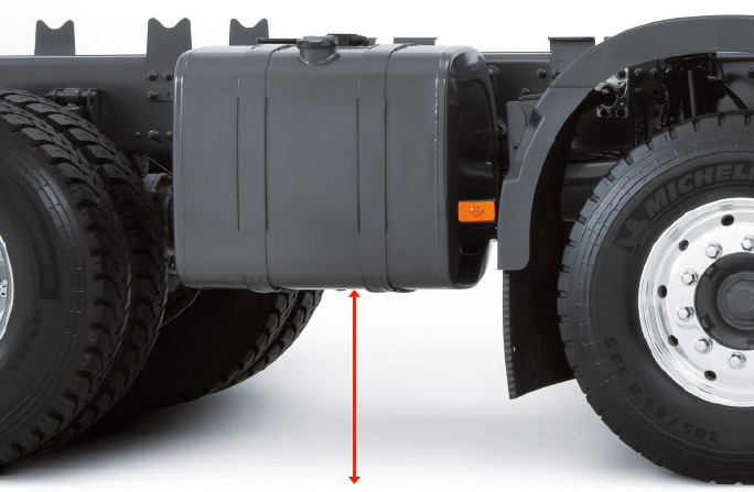 515 MM* GROUND CLEARANCE UNDER THE TANK